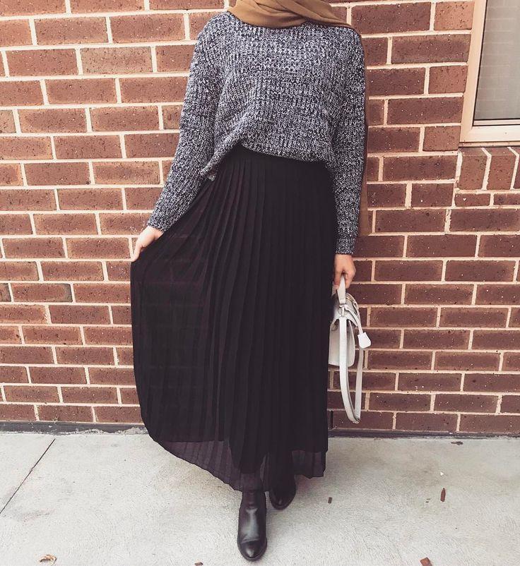 Grey knits and black long skirt (@modestlifestyleblog on Instagram)