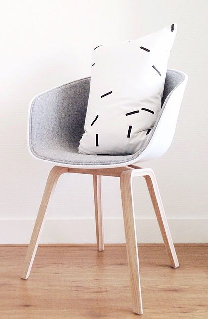 Via NordicDays.nl | HAY About a Chair | Ferm Living | Grey White