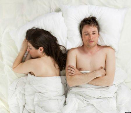 Αυτή η (κακή) συνήθεια προκαλεί τους περισσότερους καυγάδες σε ένα ζευγάρι
