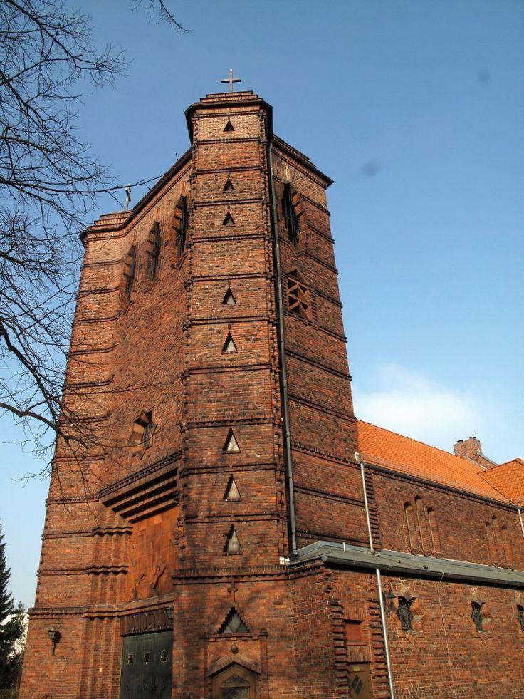 Felix Sturm, ein Architekt des Expressionismus, und sein Bau St. Maria Magdalena in Berlin-Niederschönhausen – Journal ohne Ismus