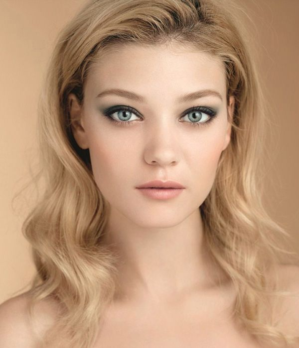 Clarins Fall Winter 2012-2013 such a pretty and simple smokey eye with nude lips