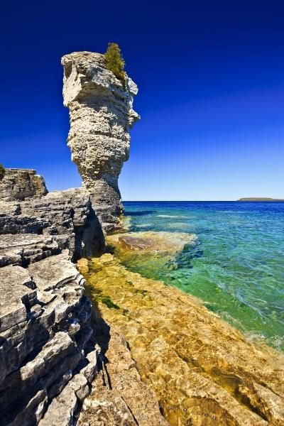 Photo of a sea stack on Flowerpot Island in the Fathom Five National Marine Park in Lake Huron. #Canada #Ontario #touristattractions