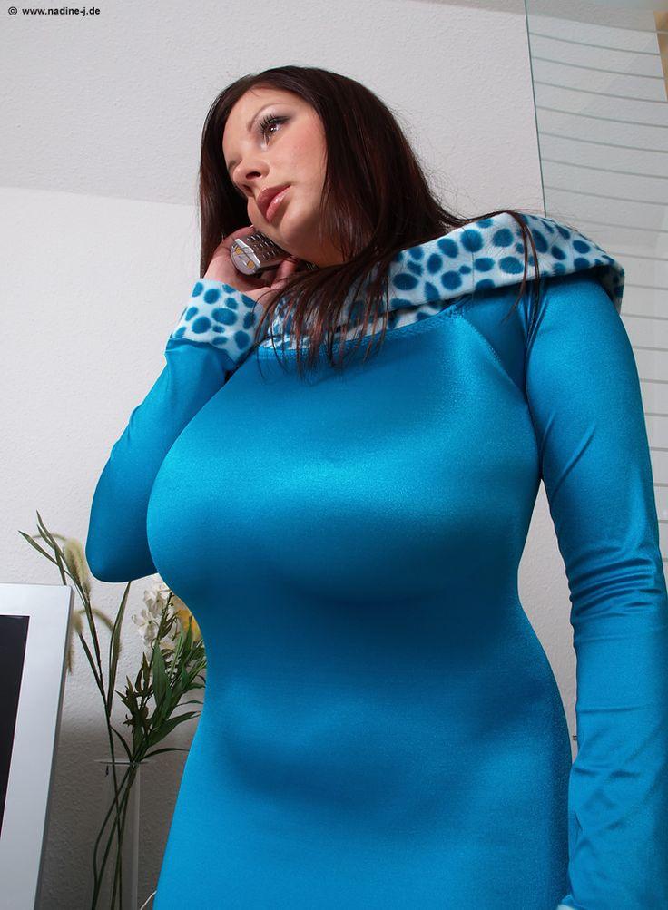 Nadine Jansen Se Da Un Ba