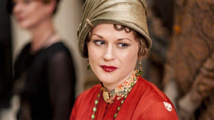 Downton Abbey Season 5 Episode 4 - Is this Mabel Lane Fox? Hmmm….