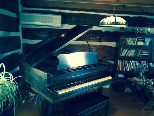 Piano à queue de marque Handel par Willis & Co