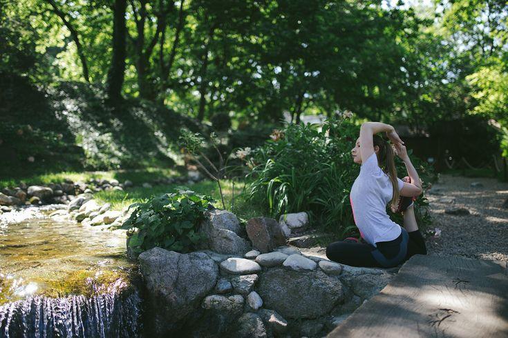 https://flic.kr/p/V7BVc3 | Danica | trinidalitism.com/2017/05/31/yoga-serie-garden/