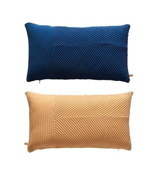 http://www.lefliving.be/oyoy-sierkussen-ada-tweezijdig-blauw-oranje-katoen.html