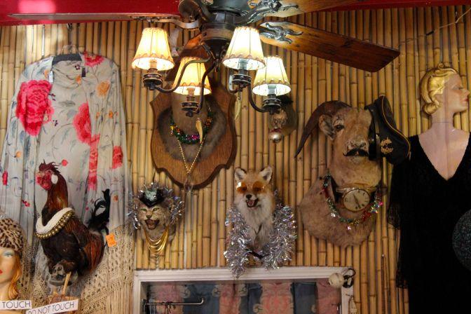 hidden treasures, best vintage store in la, best consignment in la, topanga shops, eagle rock hike