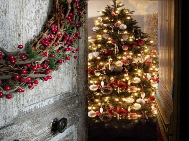 Un sapin traditionnel - Christmas tree #deco #noel
