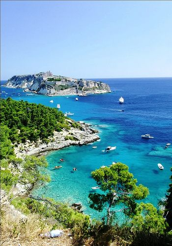 We'll be visiting the Tremiti Islands on an all day tour.          AFFASCINANTE! AMAZING!  www.apuliadestination.com