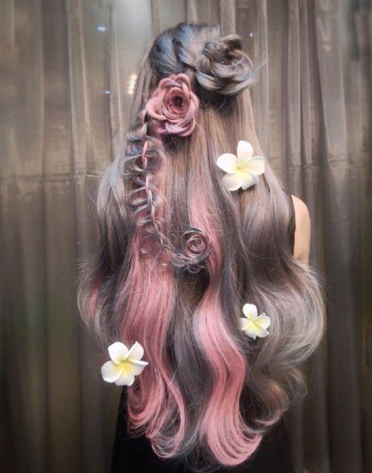 Style dein hervorgehobenes Haar mit diesen verschi…