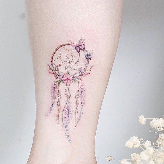 50 Dream Catcher Tattoos für Frauen