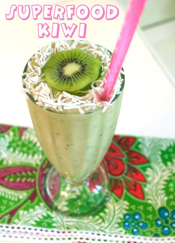 Superfood Kiwi, Coconut, Avocado, Green Tea Summer Shake (1 serv fruit and 1 of veg)