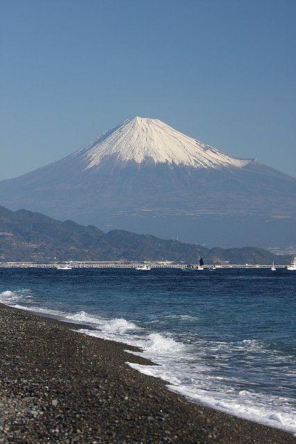 Mt. Fuji from Miho Peninsula (Japan) by Atsushi*, via Flickr