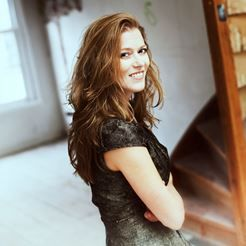 Barbara Hannigan in Focus I: Stravinsky & Neo-classicism tours from 5-9 May 2015, to Birmingham, London and Saffron Walden. Barbara will be performing a programme based around the music of Stravinsky and Mozart. Beautiful arias and neo-classical gems. Find out more programme details here: http://www.brittensinfonia.com/concerts/events/view/barbara-hannigan-stravinsky