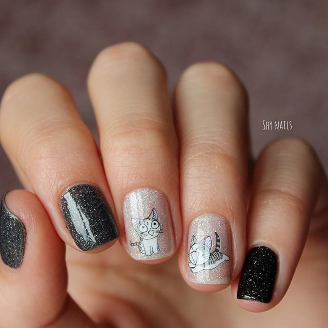 Gray And Black Nail Designs: Gray And Black Nails With Kittens