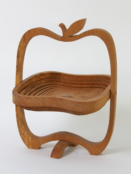 Wooden Concertina Fruit Bowl: Amazing 1970s wooden fruit bowl that concertinas down when full.