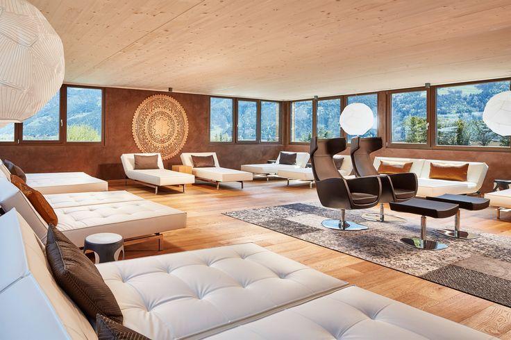 Entspannung mit 360° Panoramablick im DolceVita Hotel Feldhof in Naturns