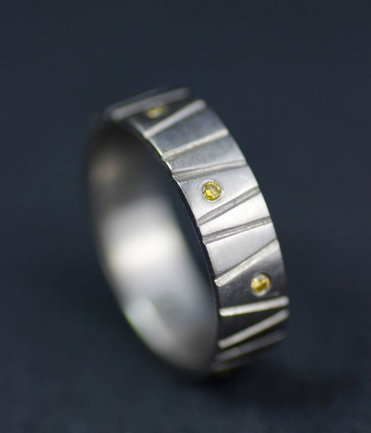 Image of bark band yellow diamond palladium wedding band