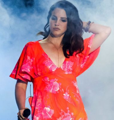 Lana Del Rey previews 'Life Is Beautiful' song for the soundtrack to 'The Age of Adaline'