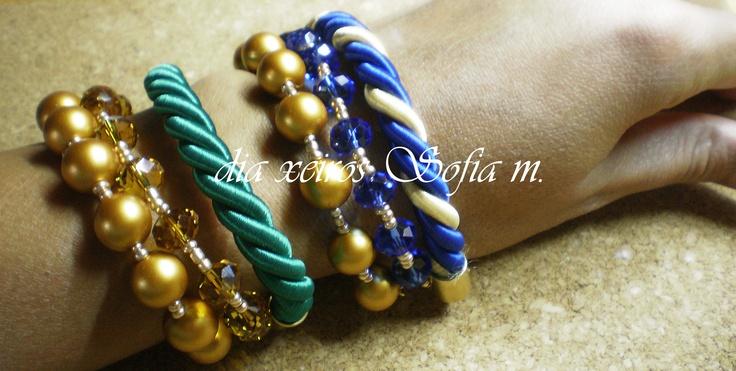 Au12.398 green bracelet & Au12.366 blue bracelet