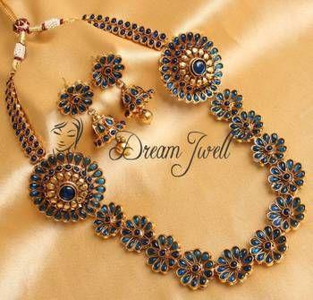 Gorgeous blue royal bridal kemp necklace set