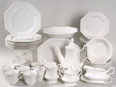 Johnson Brothers Heritage White 49-Piece Dinnerware Set