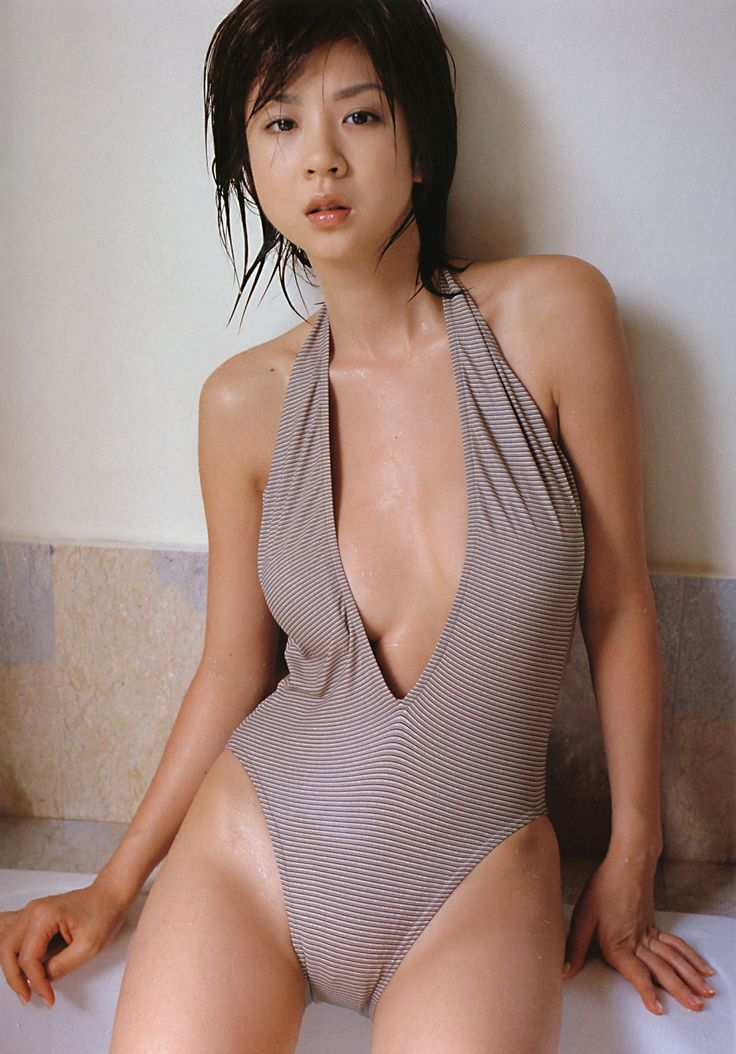 Aki Hoshino.星野亚希(ほしのあき)
