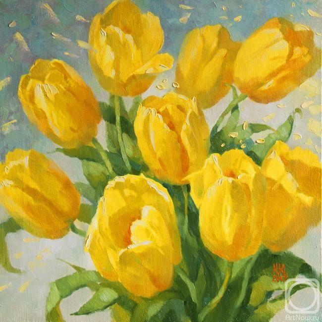 Непокрытая Юлия. Желтые тюльпаны