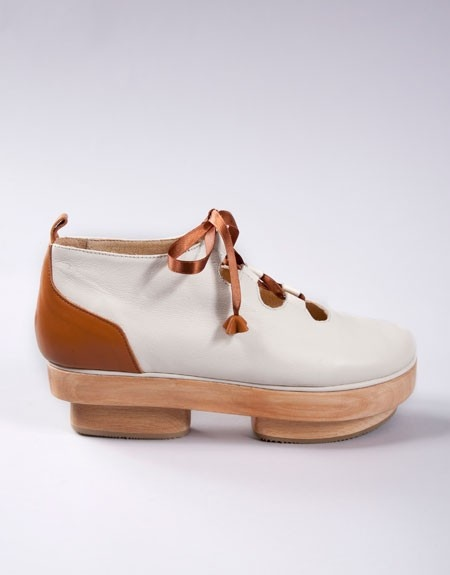 xperimental shoes . http://www.portuguesesoul.com/