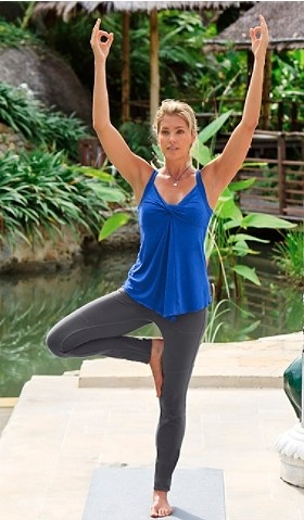 yoga outfit Athleta