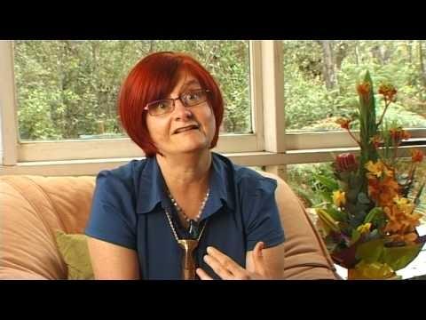 Lorna McKenzie, Interview with Elizabeth Walton