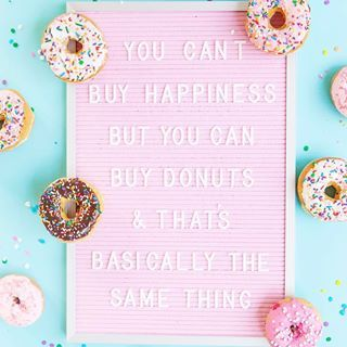 After three veeeery long days without sugar, I'm back at it and couldn't be happier!  I definitely won't torture myself like that again, donuts and I belong together  #cakeandconfettistyles