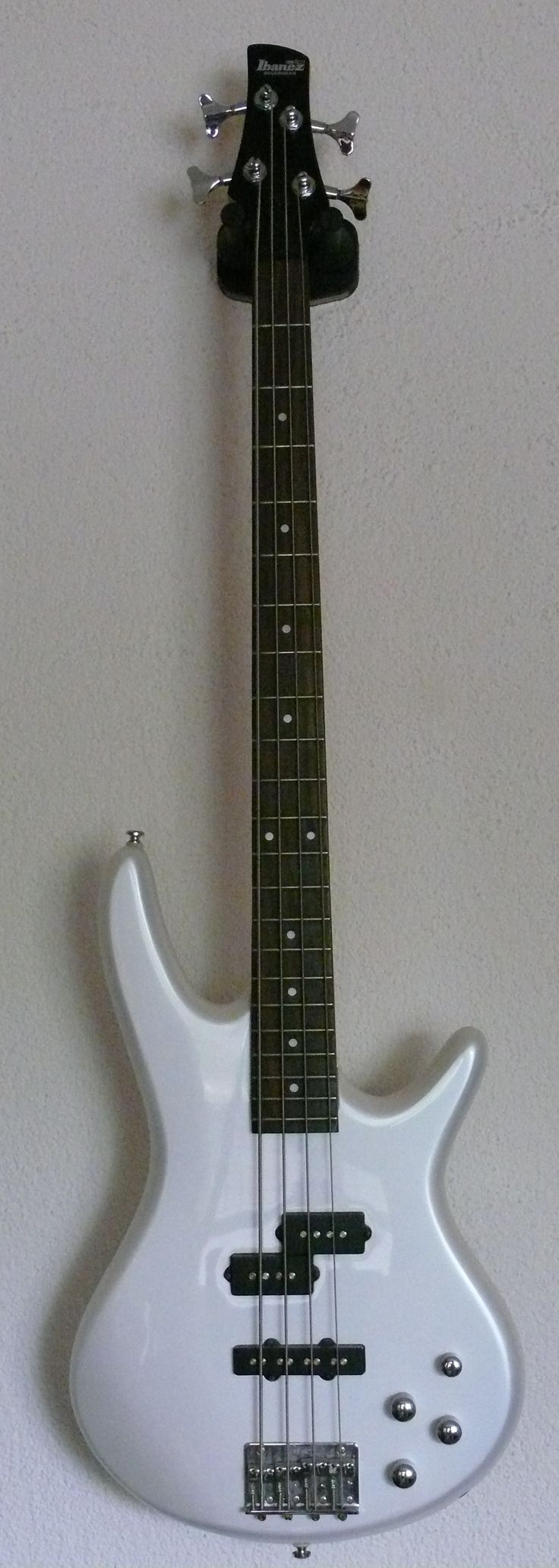 25+ Best Ideas about Basse Ibanez on Pinterest | Guitare ...