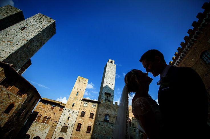 In the main square at San Gimignano, at a beautiful Tuscany wedding