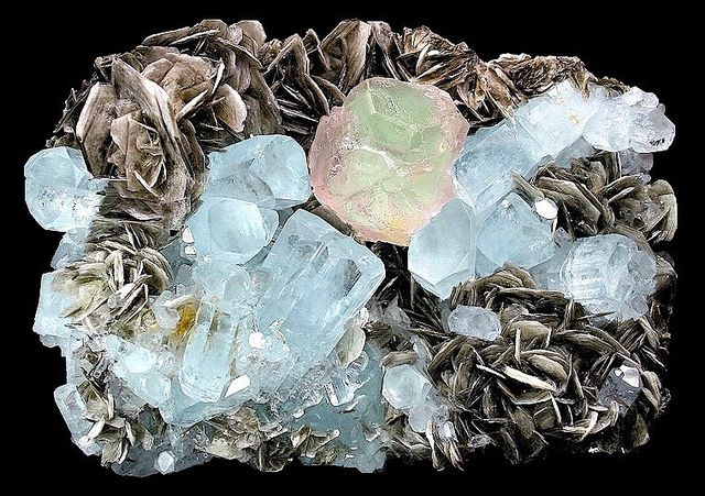 "Summayar, Nagar-Minerals-Giligit-Pakistan (45) -- Minerals, Gem Stones: From the Land of Summayar ""ChumarBakur"" Nagar Valley, Gilgit-PakistanStones Boards, Gem Gemstones, Nagar Minerals Giligit, Gem Stones, Rocks Minerals Gems Fossils, Nature Beautiful, Photos Shared, Nature, Aquamarine Crystals"