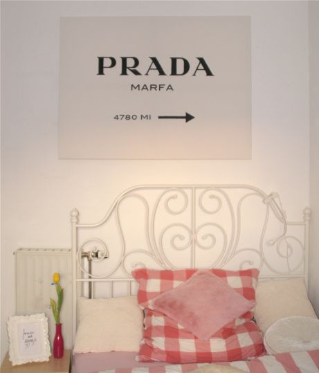 17 best ideas about prada marfa on pinterest modern prints and posters white gold bedroom and. Black Bedroom Furniture Sets. Home Design Ideas