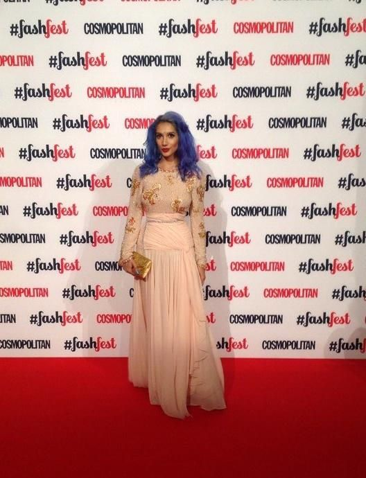 London Fashion Week LFW 2014 Cosmopolitan Magazine FashFest Catwalk. I'm wearing: Vintage 1980s gown with chain belt, Vintage 1950′s clutch from Aliz Vintage, Corset (hidden) by Kiku Boutique.  For more info: http://www.sukkisingapora.com/blog
