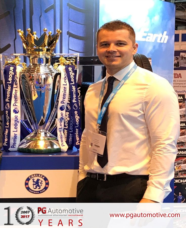 USING PROFESSIONALS TO FIND PROFESSIONALS - MEET THE TEAM  NAME: Sean Smith POSITION:  Automotive Consultant BACKGROUND:  13 Years in the Automotive Industry inc: JLR – Fleet Manager (Velar) Mira – Track Controller  Subaru – Fleet Controller GET IN TOUCH: 07507614402 sean@pgautomtive.com