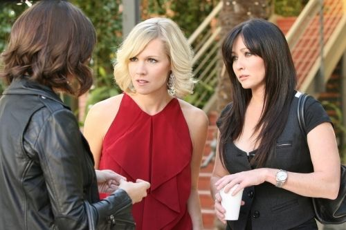 Luke Perry, Jason Priestley, Shannen Doherty, and Jennie Garth in Beverly Hills, 90210 (1990)
