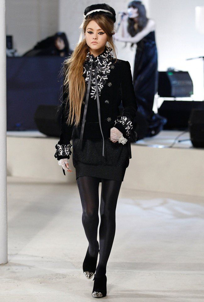 devon aoki runway chanel 6 Short Models Who Rock(ed) the Runway