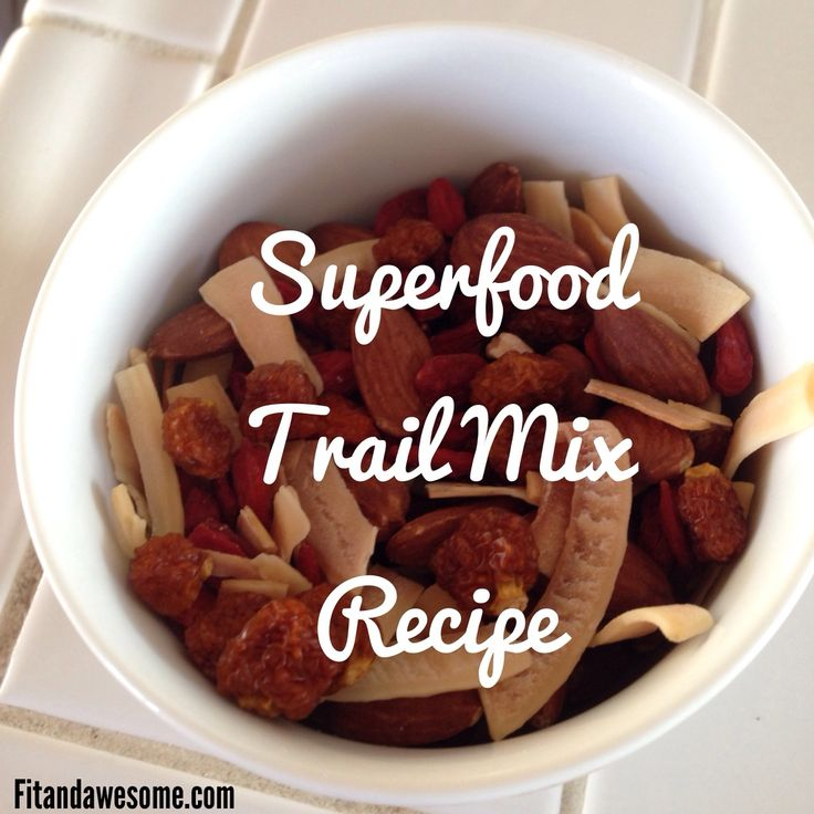Superfood Trailmix with coconut chips, goji berries, golden berries and almonds. Yum!