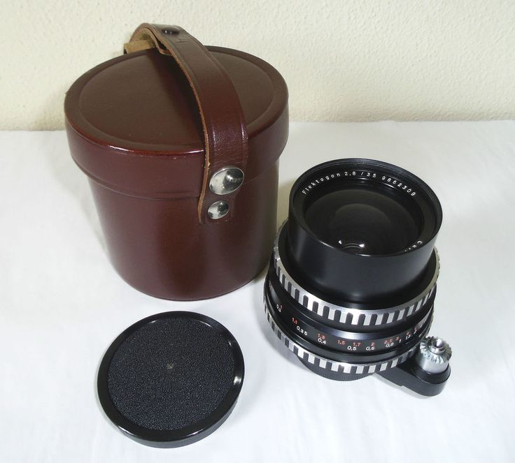 Exa Carl Zeiss Jena ZEBRA FLEKTOGON 2.8/35 6 BLADES very nice tested with case!