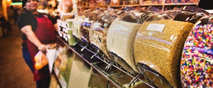 تفسير رؤية المتجر او المحل او البقالة او الدكان في المنام موقع فكرة Money Saving Tips Saving Tips Bulk Food