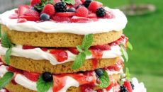 strawberry weddng cake shortcake with inspiration mixed berries