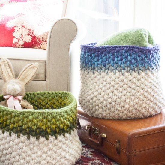 These large crochet baskets are perfect for holding small blankets and pillows. Free pattern included.