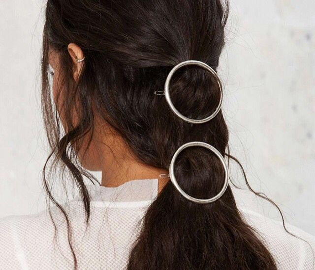 Hair jewelry is back