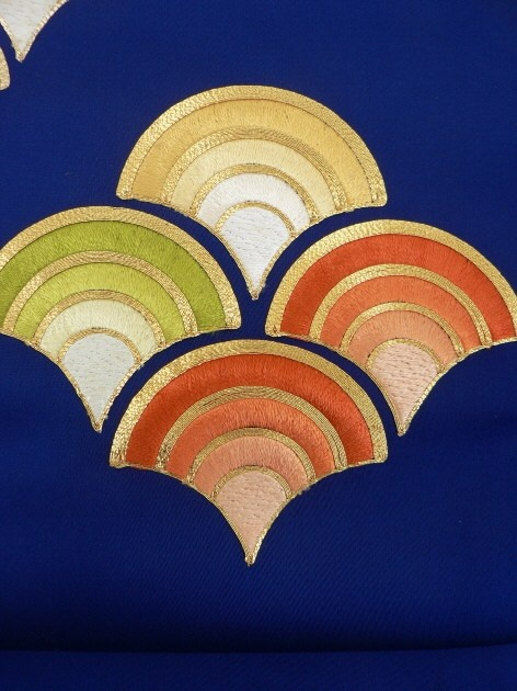 Navy, Embroideried Seigaiha Pattern, Nagoya Ovi / 紺地 刺繍の青海波文様お太鼓柄 化繊八寸名古屋帯
