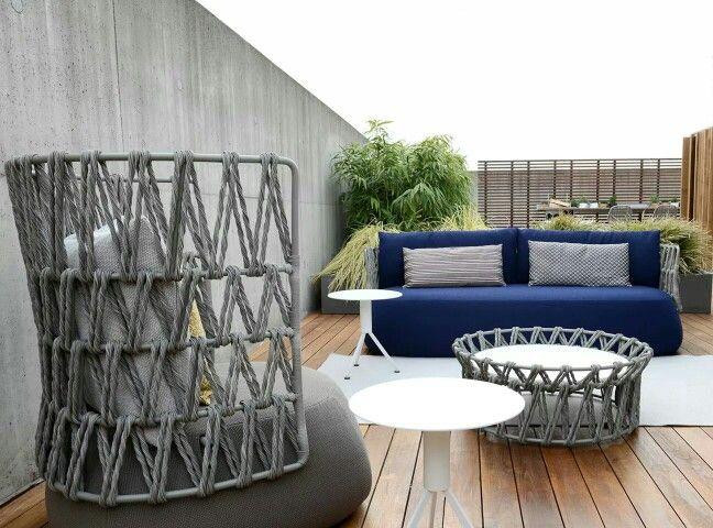 Fat-sofa outdoor design by Patricia Urquiola