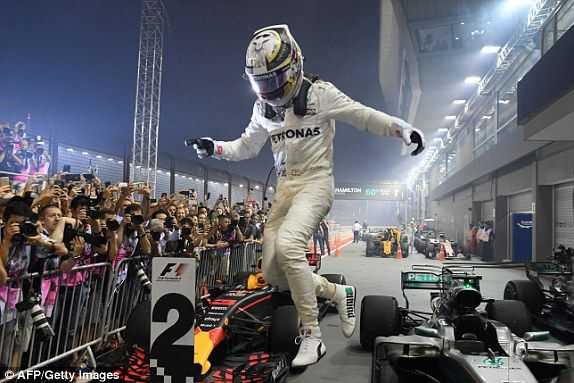 Singapore Grand Prix F1 RESULT: Lewis Hamilton wins | Daily Mail Online
